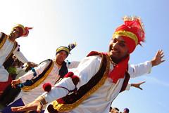 Bhangra dance (Elishams) Tags: red india paris festival dance costume dancing indian danse bhangra indianachive