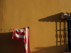 Red and white towel - by ::: mindgraph :::