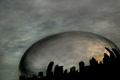 bubblecity (sgoralnick) Tags: downtown chicago milleniumpark giant reflective bean touristshot cloudgate canon20d