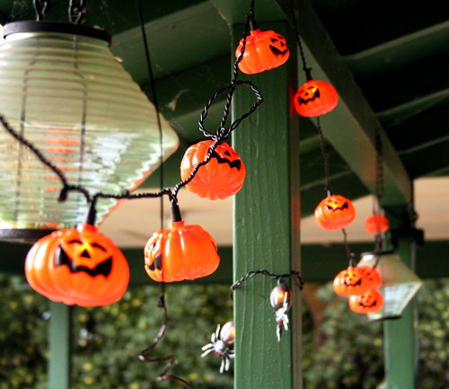 Halloween Decorations by pberry