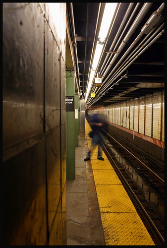 Bedford Avenue Subway station. Foto by MinusBaby found on Flickr