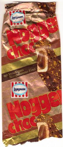Langnese Nogger Choc mit knackigem Nougatcreme-Kern