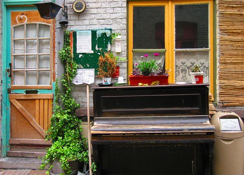 Piano Squat
