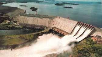 Le Venezuela envisage de fermer des usines pour économiser l'électricité