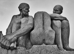 three women (The Norwegian) Tags: blackandwhite bw oslo norway vigelandsparken statue three