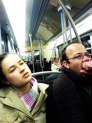 Je m'ennui (fabbio) Tags: cameraphone paris metro mtro sonyericssonk750i mtroparisien publictrasport ligne3 directionpontdelevallois mobilemagik