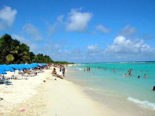 Beach Cayo Sombrero, venez by Kibonaut.