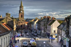 Berwick-upon-Tweed - Town centre (Baz Richardson (catching up again!)) Tags: northumberland berwickupontweed towncentre marygate streetscenes markettowns