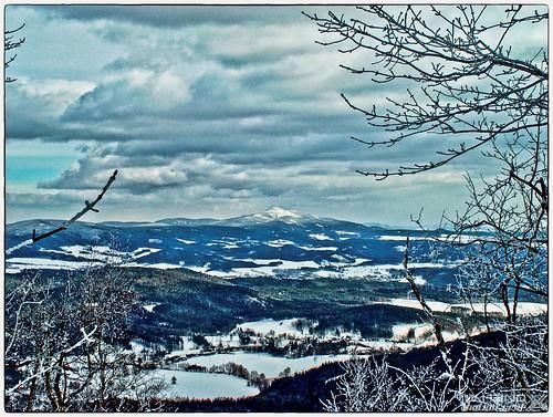 Blick vom Hochwald über Rynoltice zum Jeschken