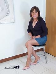 Black blouse with long sleeves, denim skirt, pink stilettos with silver heel. (Elsa Adriana) Tags: elsaadriana elsa sexylegs skirt highheels crossdresser tgirl travesti transvestite outfit