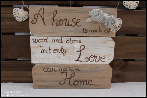 "Placa decorativa ""Love can make a Home"""