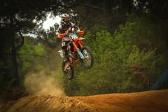 motocross à Bignan (gillouvannes56) Tags: motocrosslightlumièrecolorscouleurscanon7dbretagnemotolandscapepaysagesportmécaniquemechanicalfrance motors bignan sports france bretagne britany