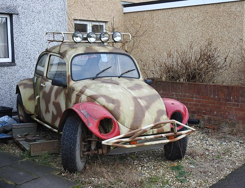 Volkswagen Beetle, Fairwater Way, Cwmbran 15 January 2017