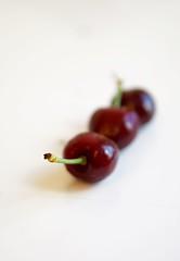 Three Sisters (Z!SL) Tags: food berries dof bokeh sony depthoffield bokehwhores bokehwhore sonyphotographing minoltaemount sel50f18 nex5r