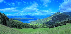 MillSeePano_HDR_s (peter pirker) Tags: sky panorama lake canon landscape austria see sterreich pano himmel krnten carinthia blau landschaft wald dri hdr spittal millstttersee millstatt seeboden goldeck peterfoto eos550d peterpriker