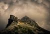 Ambiance Volcanique (Frédéric Fossard) Tags: paysage nature montagne grain texture nuage brume rocher cime crête arête picdemontagne vanoise lumière ombre atmosphère dramatique savoie parcnationaldelavanoise orage pierrier pointeariande alpes