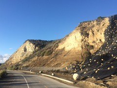 (ArgyleMJH) Tags: backbay california coronadelmar diatomite geology landslide miocene montereyformation mudstone newportbeach orangecounty photostream sedimentary siltstone slumps uppernewport