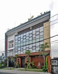 Gedung Amoghasiddhi (Ya, saya inBaliTimur (leaving)) Tags: bali gedung architecture arsitektur building office kantor