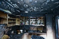 OBRE-utbrent-kjøkken-Rustad-5 (oslobrannogredning) Tags: kjøkkenbrann tørrkok bygningsbrann brann brannskader utbrent komfyr koketopp matlaging