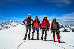 Quattro Amici al Pal (Roveclimb) Tags: mountain snow alps ice trekking glacier neve mountaineering alpinismo svizzera alpi montagna hielo palu ghiaccio engadina alpinism ghiacciaio bernina graubunden pal diavolezza grigioni spinas vedretta pizpal pizzopal