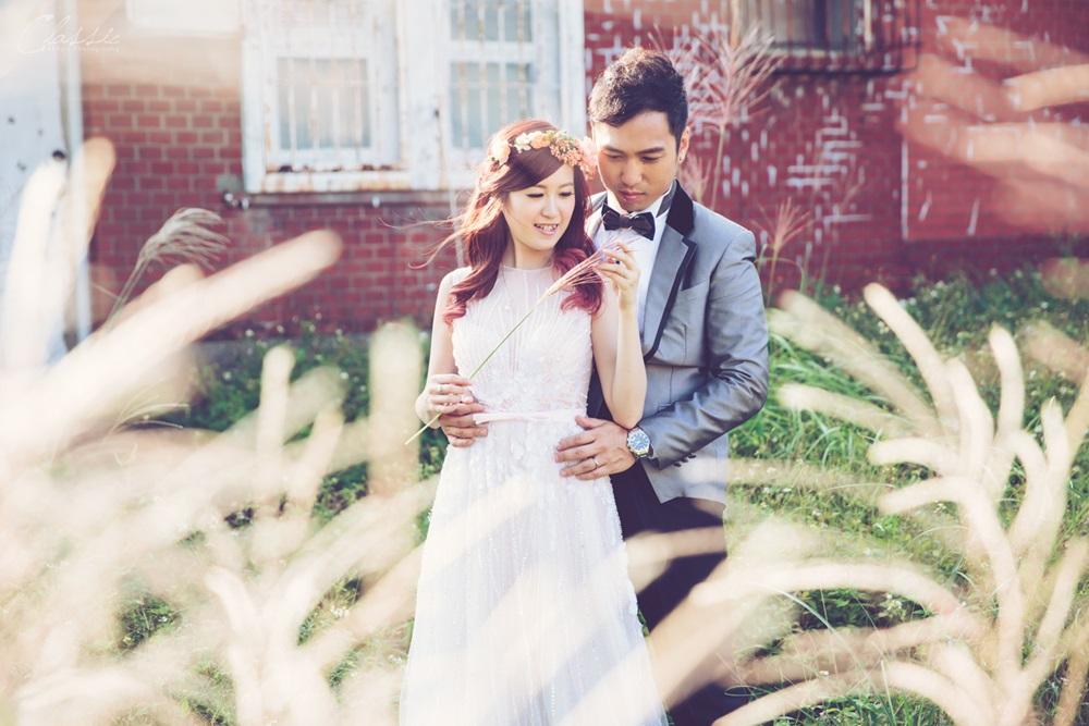 推薦台北秋季芒草外拍旅拍婚紗寫真女攝影師
