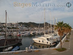 """sitges-marina-port01 • <a style=""""font-size:0.8em;"""" href=""""http://www.flickr.com/photos/90259526@N06/20396827635/"""" target=""""_blank"""">View on Flickr</a>"""