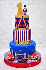 London Cake (sweetsuccess888) Tags: sweetsuccess cake birthdaycake londoncake londonbus minicooper drum londonsoldier londonfamouslandmarks london unitedkingdom philippines