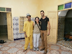 Amigos marroquinos (pattyesqga) Tags: morocco maroc marruecos sahara africa travel traveler travelphoto travelgirl femmetravel traveling travelingalone trip moments memories marrakech friends marroquis