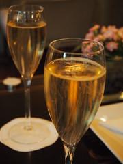Champagne o'clock!