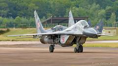 Two Polish Airforce MiG-29 jets:  no. 56 leads no. 40. (DrAnthony88) Tags: aircraft raffairford polishairforce mikoyanmig29 nikond810 modernmilitary nikkor200400f4gvrii royalinternationalairtattoo2015 riat2015