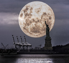 New York Supermoon (Ian@NZFlickr) Tags: supermoon fake statue liberty new york nyc usa composite