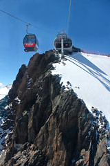Wildspitzbahn. Pitztal Glacier. Pitztaler Gletscher. (elsa11) Tags: mountain alps austria tirol oostenrijk sterreich glacier cablecar bergen alpen gletscher tyrol gletsjer pitztalglacier pitztalergletscher wildspitzbahn