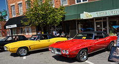 Birds (Chad Horwedel) Tags: red classic car yellow illinois convertible firebird pontiac morris pontiacfirebird 1969pontiacfirebird morriscruisenights