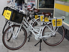 hertz rentabike (bertknot) Tags: bikerental dutchbikes hertzrentabike dutchbikerental