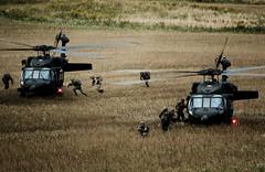 In der Landezone (Bundesheer.Fotos) Tags: army special soldiers forces soldaten austrian bundesheer spezialeinsatzkrfte jagdkommando