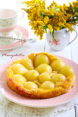 Pear tarte tatin (manyakotic) Tags: food cake fruit breakfast pie dessert sweet puff down homemade honey snack pear pastry brunch syrup treat tart tarte upside baked tatin
