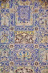 India - Uttar Pradesh - Agra - Chini Ka Rauzah - Glazed Tile Work - 2 (asienman) Tags: india art tile tomb agra iranian kashikari glazed moghul uttarpradesh asienman chinikarauzah asienmanphotography