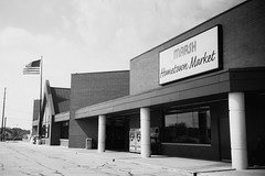 Marsh Hometown Market (Jim Grey) Tags: usa retail architecture buildings unitedstates indianapolis indiana stores merchandising