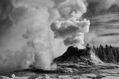 upper geyser basin (SistirikPhotos) Tags: uppergeyserbasin yellowstonenationalpark
