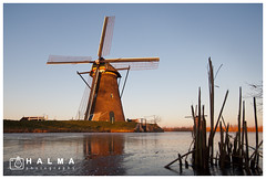 Wintertime Kinderdijk (windmills, rowing boats and more) Tags: halma groothoek wide angle kinderdijk molen windmill landscape landschap alblasserwaard