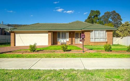 102 Barton Street, Scone NSW 2337