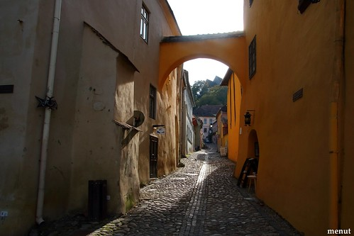 Un carrer de Sighisoara - Romania - A Street of Sighisoara