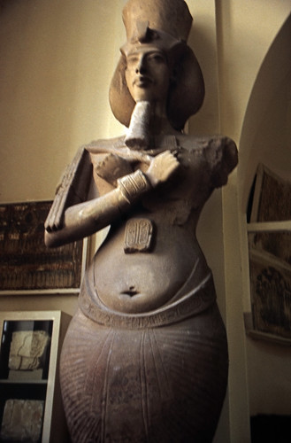 "Ägypten 1999 (600) Kairo: Echnaton-Kolossalstatue, Ägyptisches Museum • <a style=""font-size:0.8em;"" href=""http://www.flickr.com/photos/69570948@N04/32056588645/"" target=""_blank"">View on Flickr</a>"