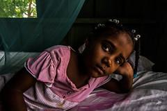 Pensativa.... (Dennise Morales Pou) Tags: portrait people girl gente dominicanrepublic retrato niña thinking pensativa migente