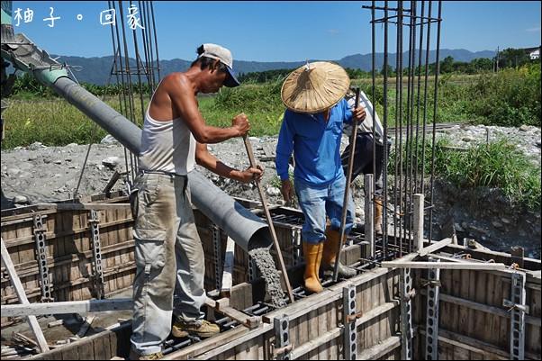 地樑灌漿 (4)