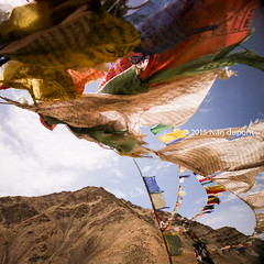 Sarmanchan La pass, 3870m, Ladakh, India (monsieur I) Tags: world travel india mountains canon eos buddhism flags ladakh prayersflags monsieuri ivandupont