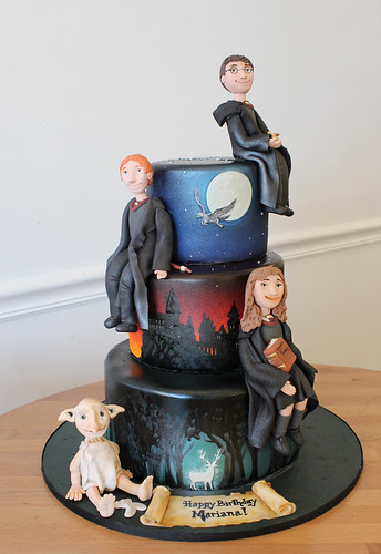 Harry Potter Figurines Cake