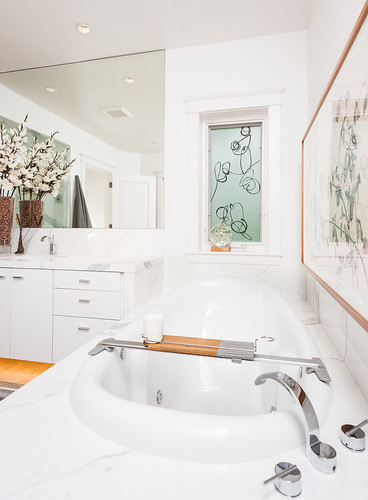 Scenic Lane Master Bath and Kitchen 003