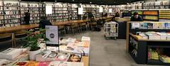 Jongno_Books_04 (KOREA.NET - Official page of the Republic of Korea) Tags: 종로 종로구 종로서적 서점 종각역 서울 한국 bookstore jongnobooks jongno jongnogu jonggak jonggakstation jongnotower seoul bookshop 종로타워
