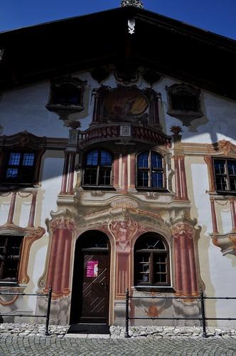 Oberammergau (Alemania). Casa de Pilatos. Portada